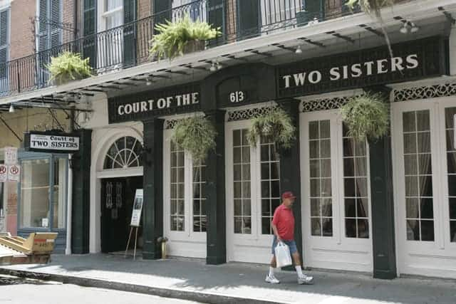 brunch The Court of Two Sisters