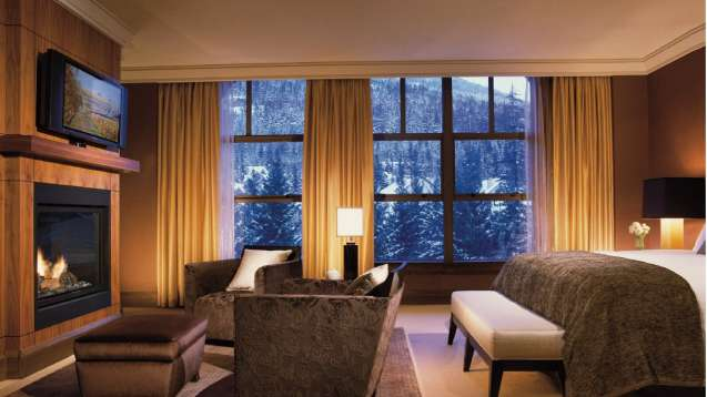 Habitacion Four Seasons Resort Whistler, BC, Canada