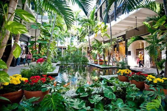 Bal Harbour Mall, Miami, Florida